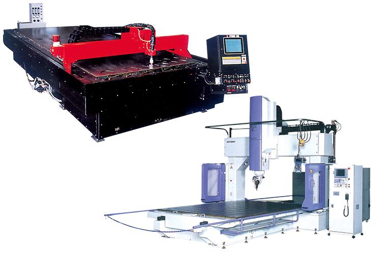 ラズマ切断機と三次元レーサー加工機